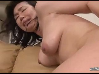 Milf Getting Her Hairy Pussy Fucked With Toy Licked Squirting While Fingered By