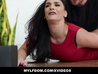 MYLFDOM - Submissive Mom Gets Spanked